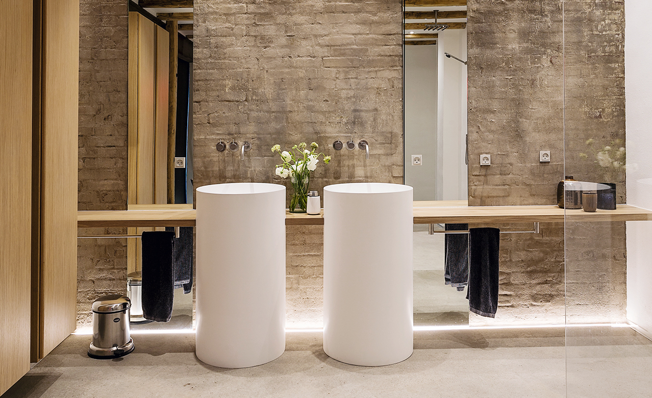 The architect's own bathroom in a former warehouse in Denmark