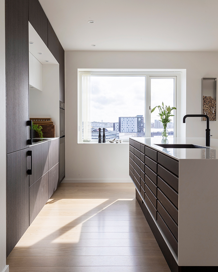 Nørresundby penthouse with panoramic views and a classic Multiform bespoke kitchen